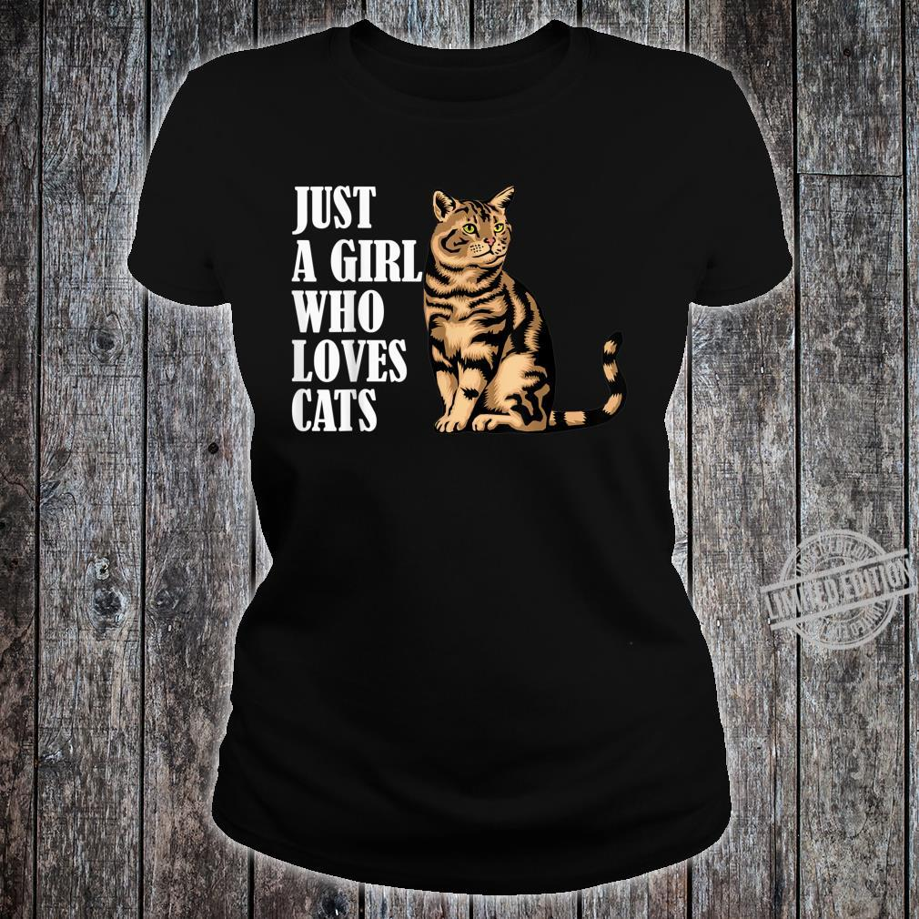 Just A Girl Who Loves Cats Shirt ladies tee