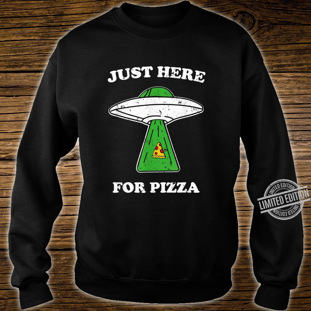 Just here for pizza Ufo shirt with light beam vintage Shirt sweater